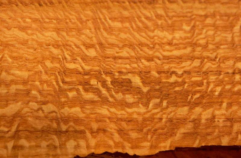 چوب آفریقایی آکاژو