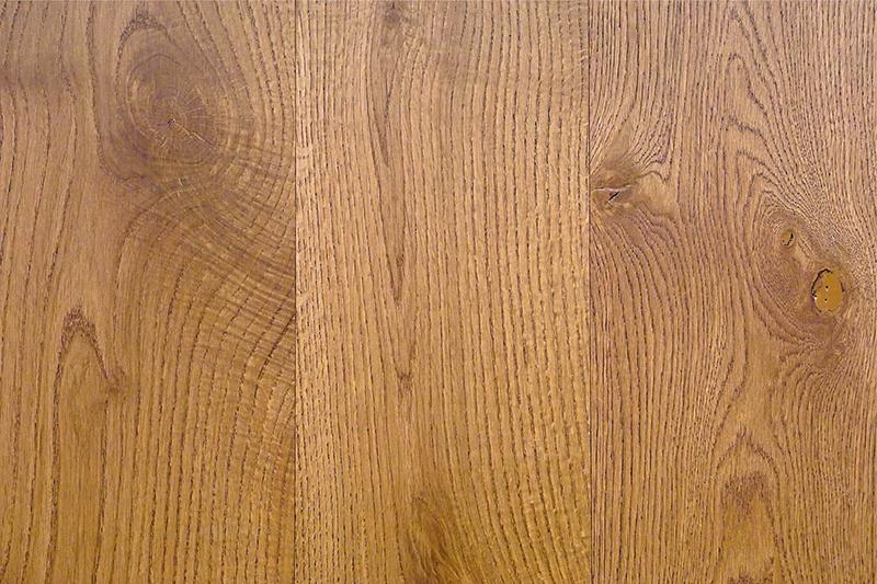 چوب درخت بلوط