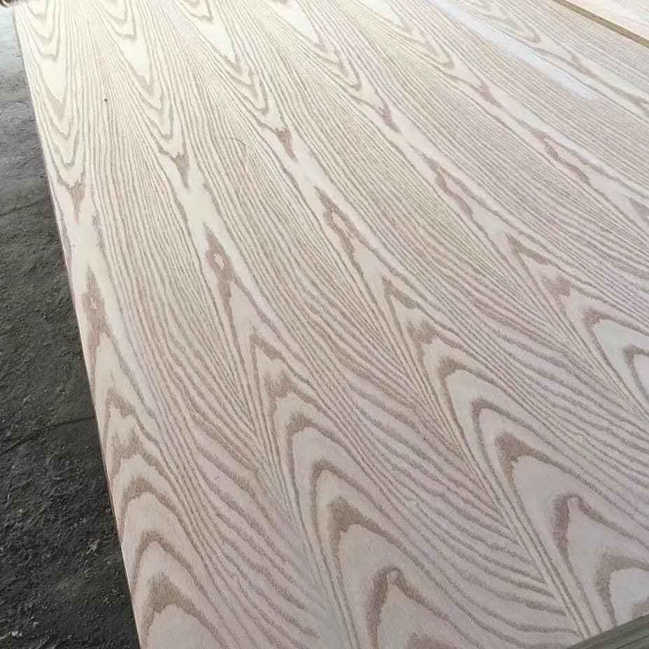 چوب درخت ملچ